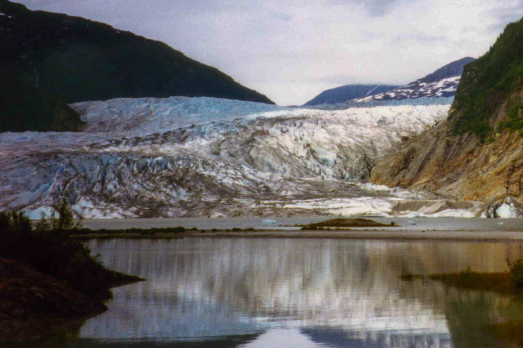 Image of glacier in Alaska