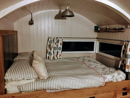 Image of glamping hut