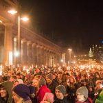 Hogmanay crowd in Edinburgh