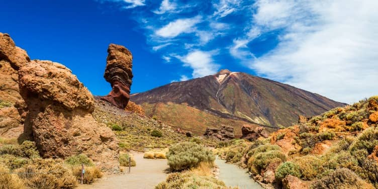 Panaromic view of Roque Cinchado rock formation in the Teide National Park