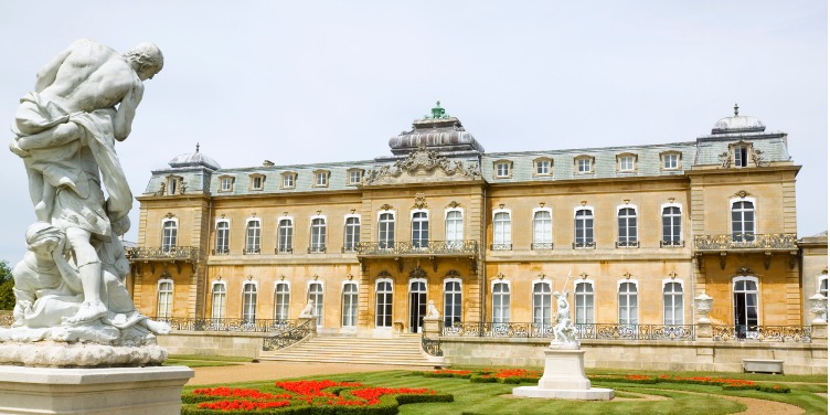 an image of the stately home at Wrest Park, Bedfordshire